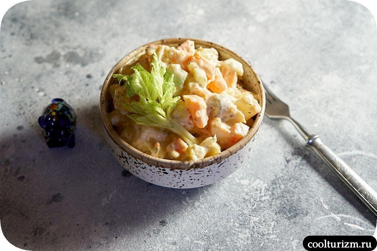 салат из скумбрии и картофеля в домашних условиях