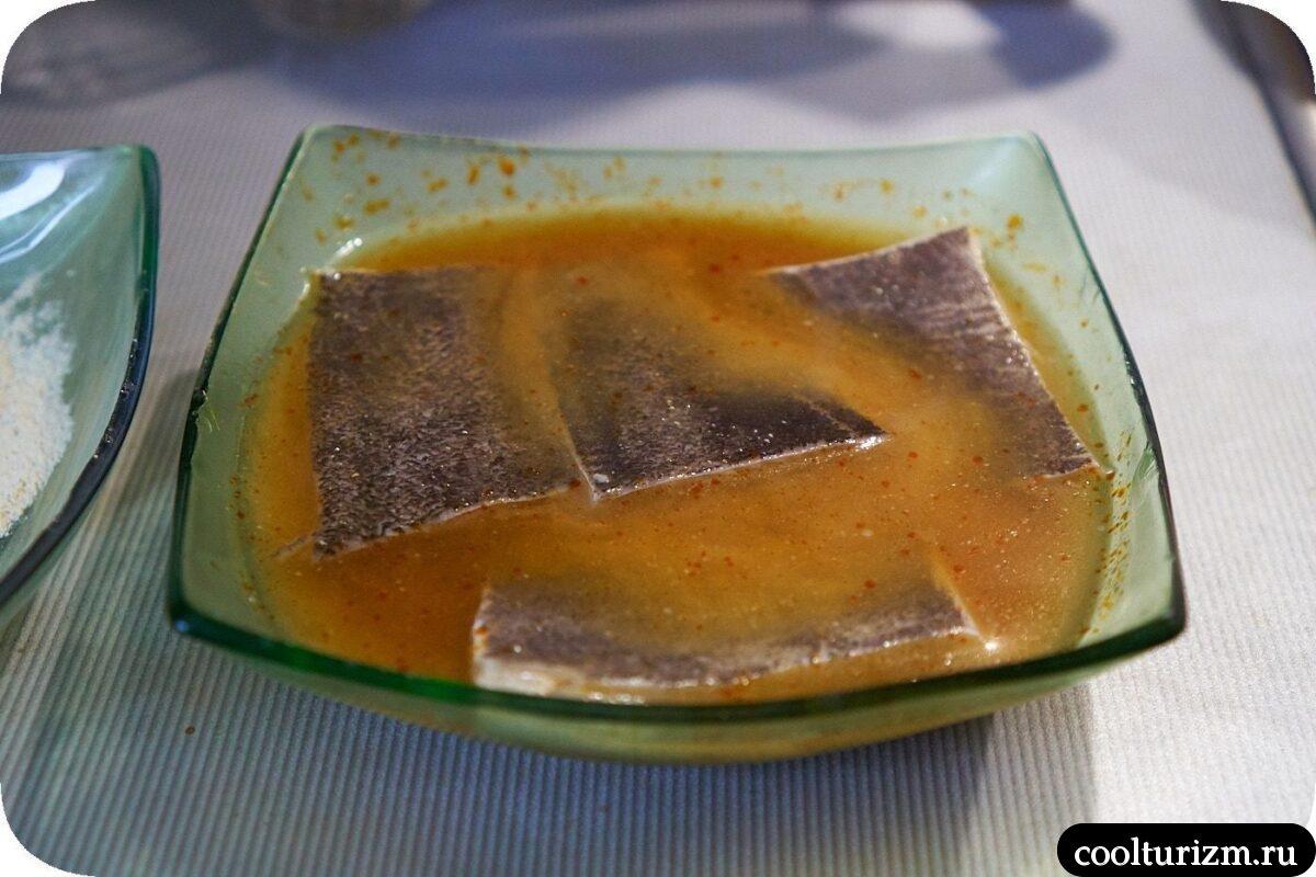 филе палтуса в соевой пасте на сковороде