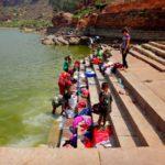 Озеро Агастья в Бадами и стирка белья