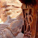 Пещерный храм Шивы внутри