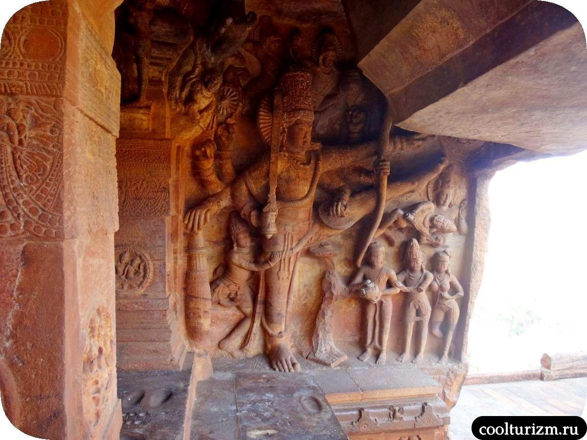 Тривикрама Бадами храм Вишну