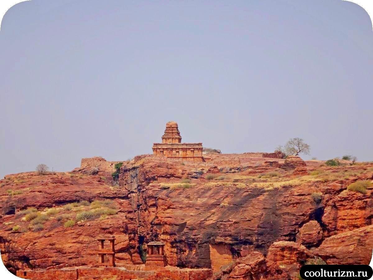 Шивалайя храм Бадами