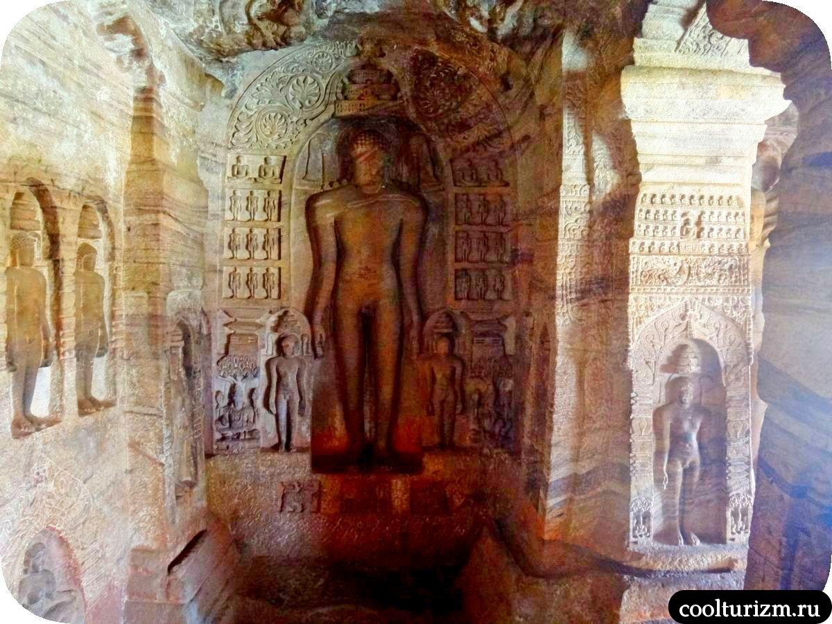 храм джайнов Бадами экскурсия