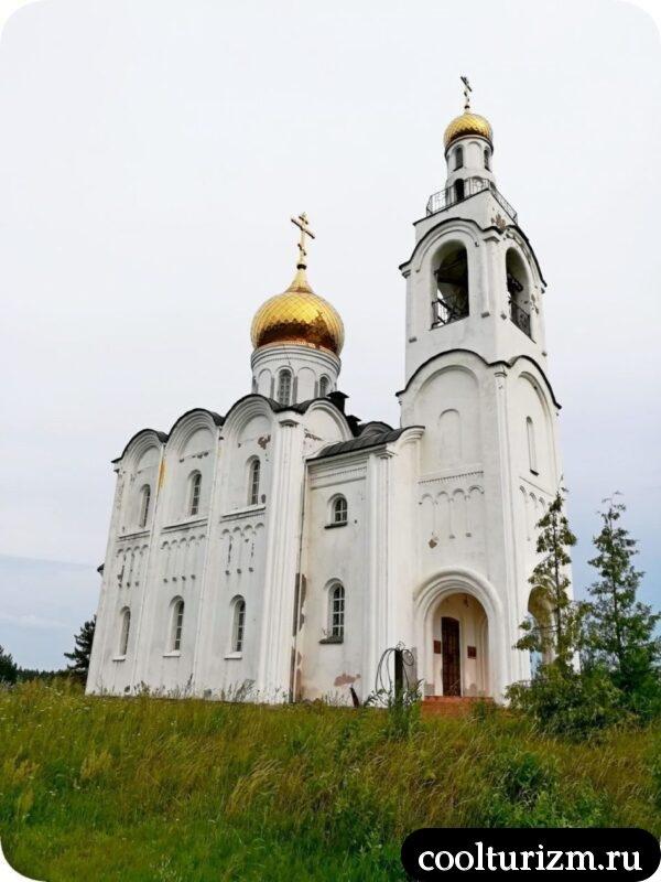 действующая Церковь Владимира Равноапостольного в Стуколово Псковская область