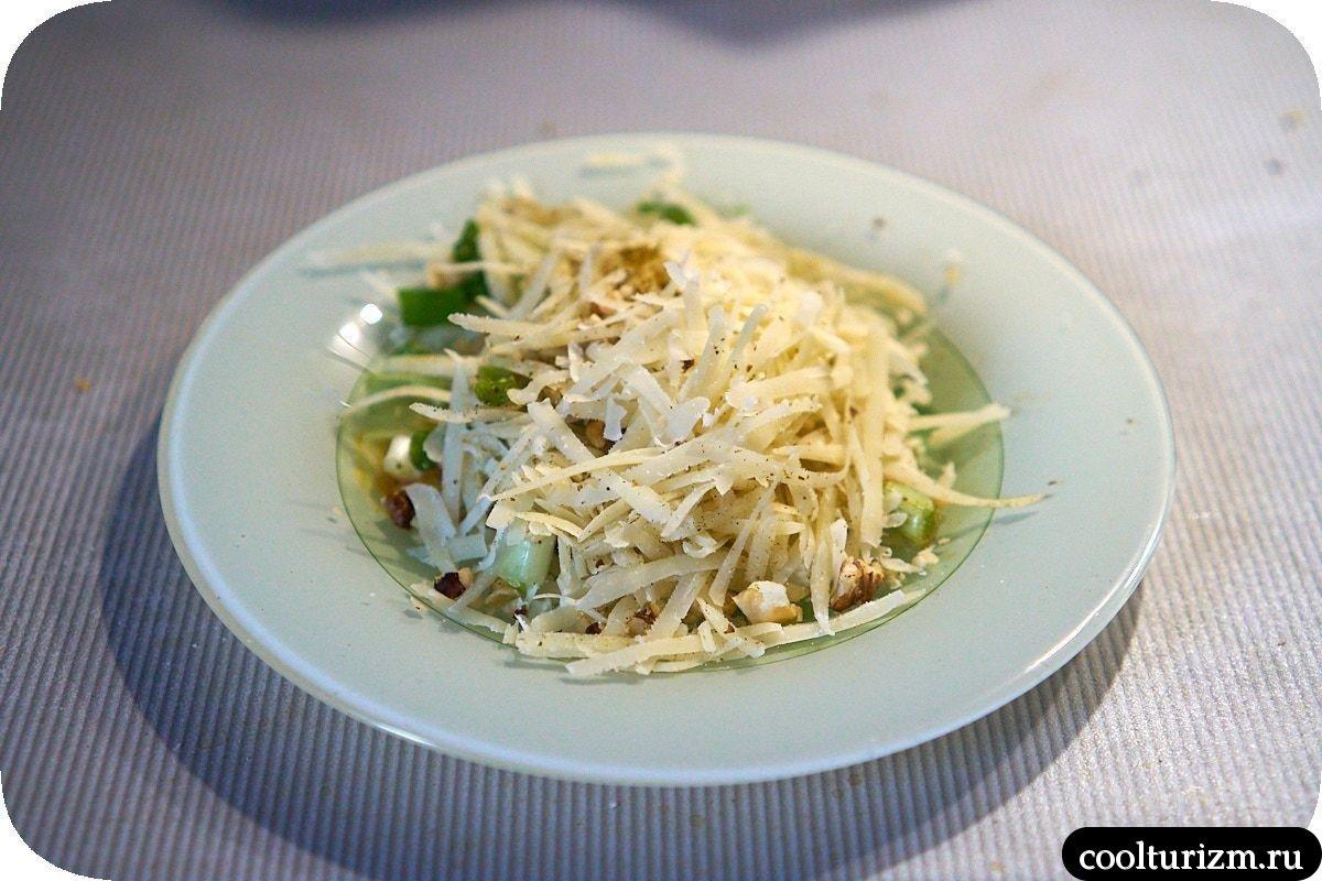 баклажаны с курицей и сыром пармезан
