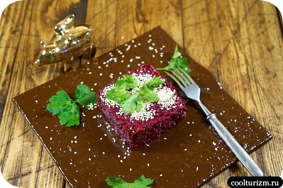 скумбрия со свеклой салат как сделать