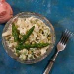 Салат с кальмарами и рисом пикантный