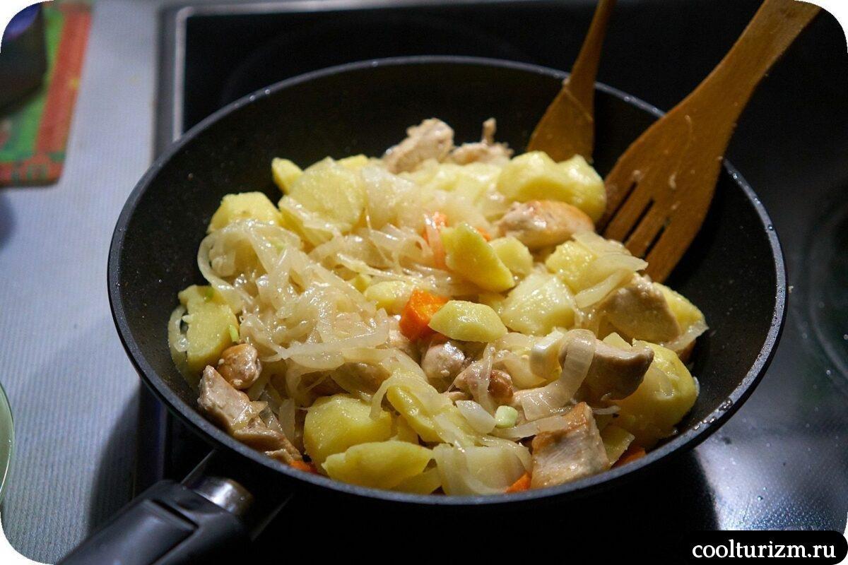 курица с картошкой в сметанном соусе рецепт