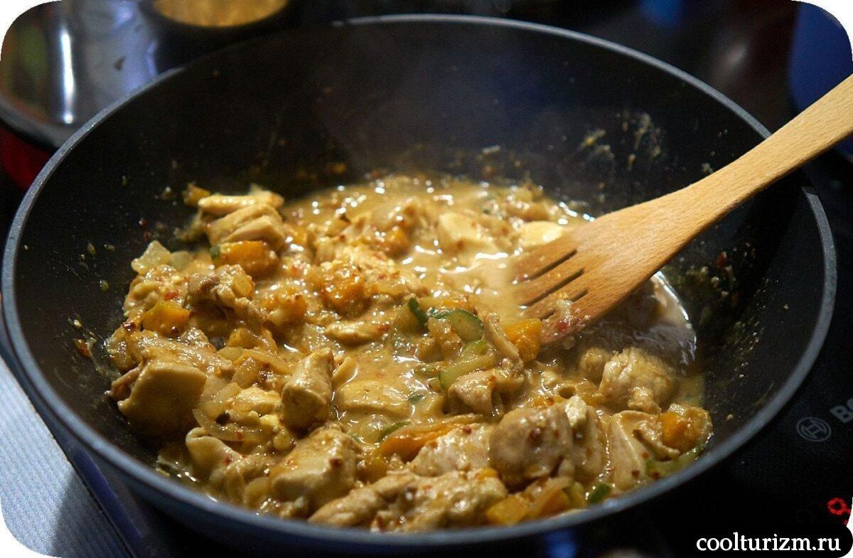 спагетти овсяные с мясом и овощами в сливочном соусе в домашних условиях
