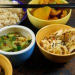 Салат огурцы кабачки в корейском стиле