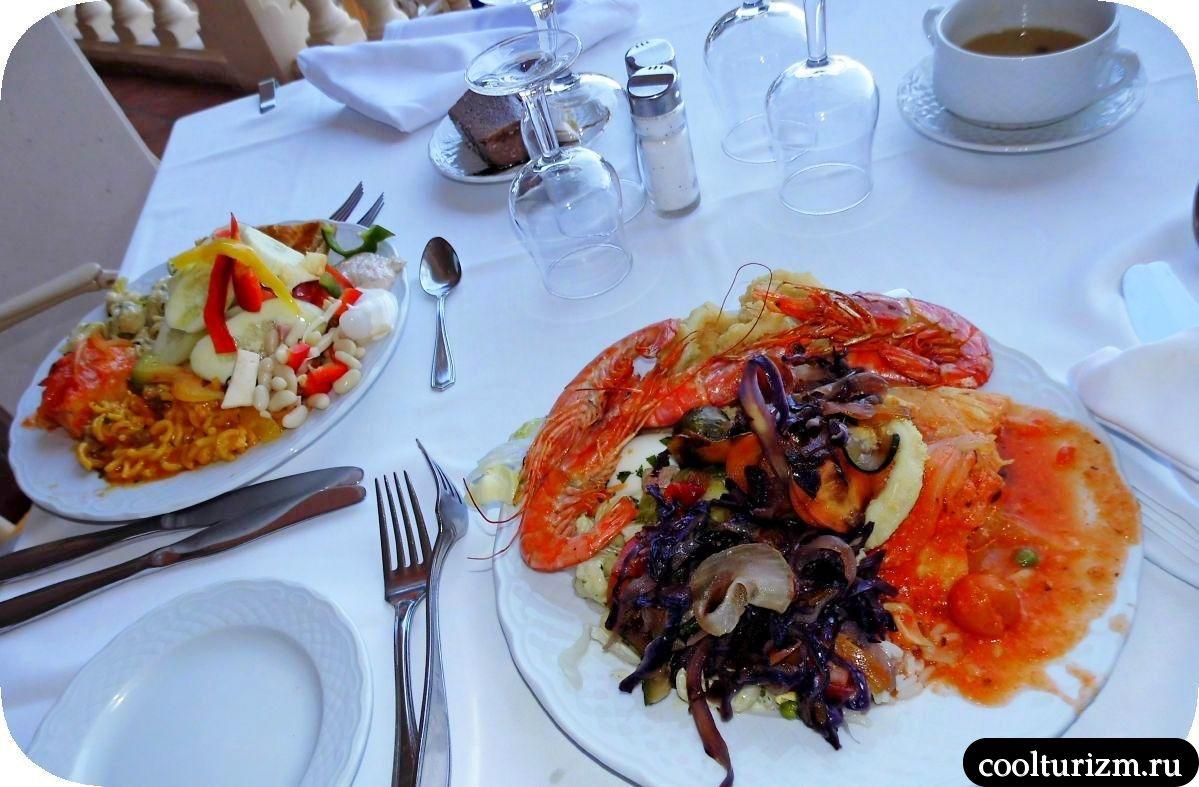 вкусная Еда в отеле Европа Плайя Марина 4*