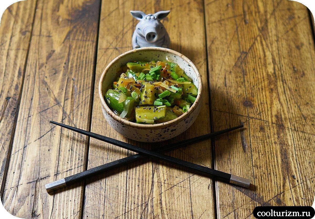 острая корейская закуска из свежих огурцов