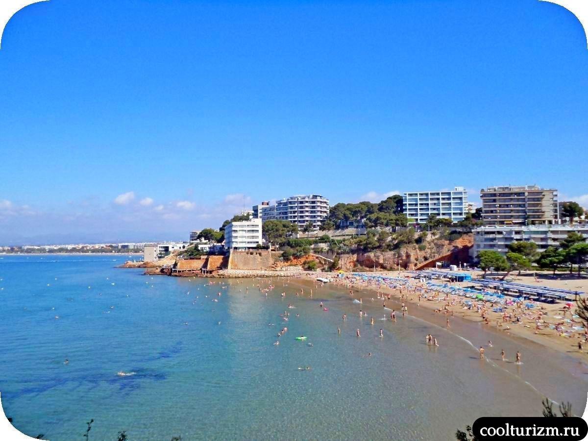 Салоу пляж Cappelans
