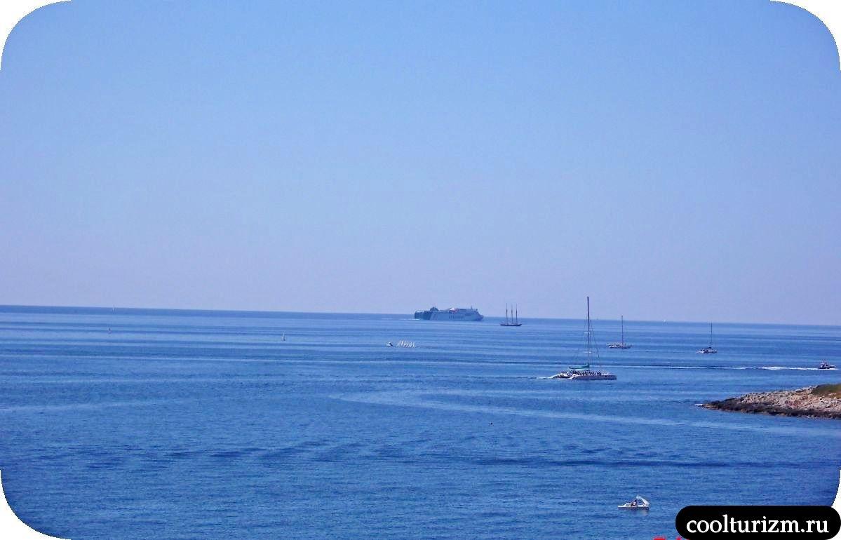 Виды на море остров Майорка Испания лето