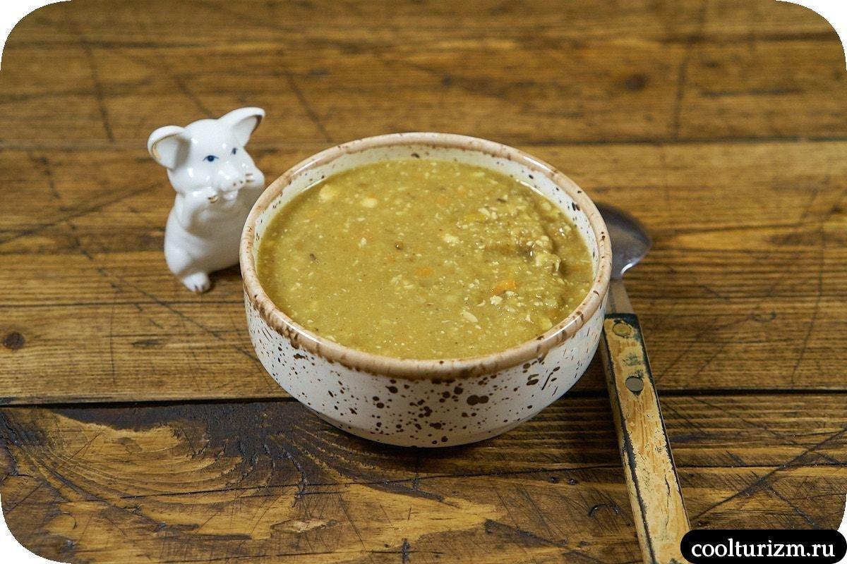 Суп пюре из зеленой чечевицы фото