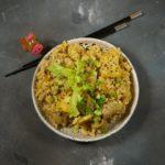 Рис с тофу и колбасками по-китайски
