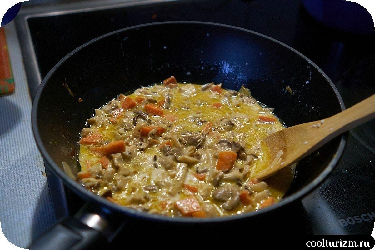 Картофельная запеканка с грибами и сыром готовка