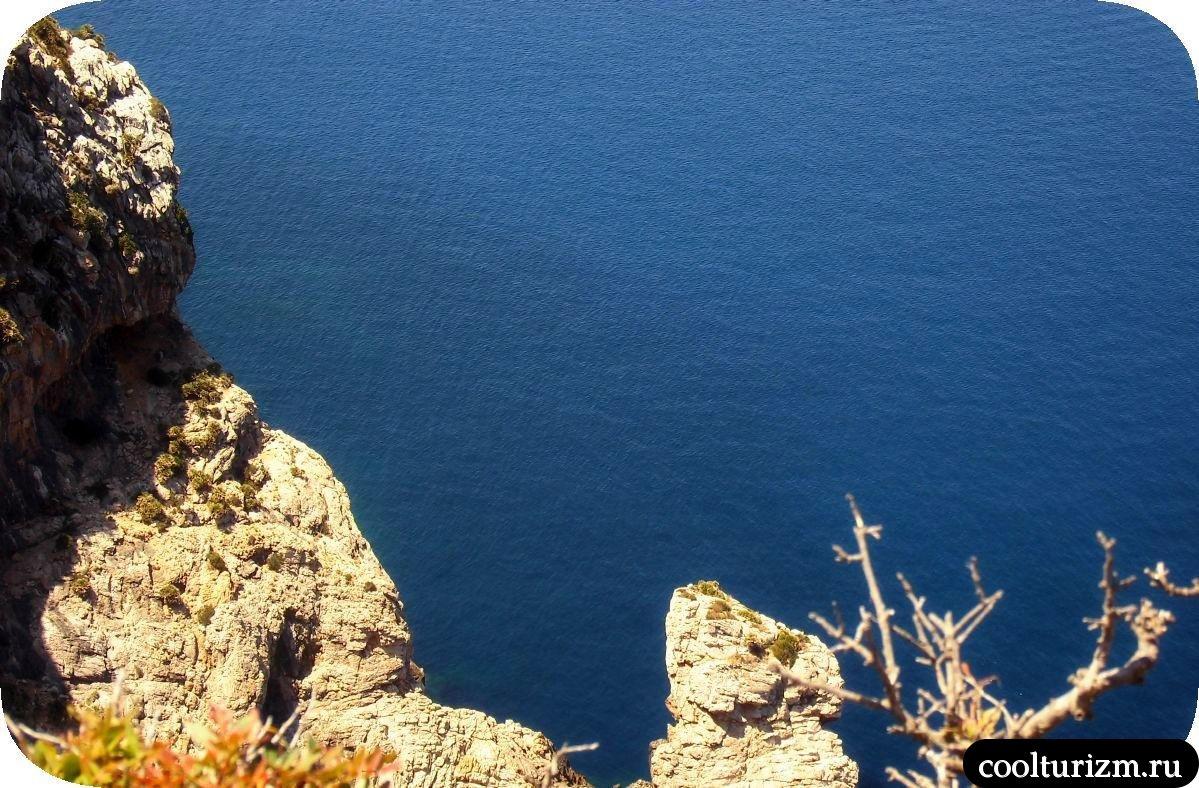 Экскурсия на мыс Форментор Майорка синее море