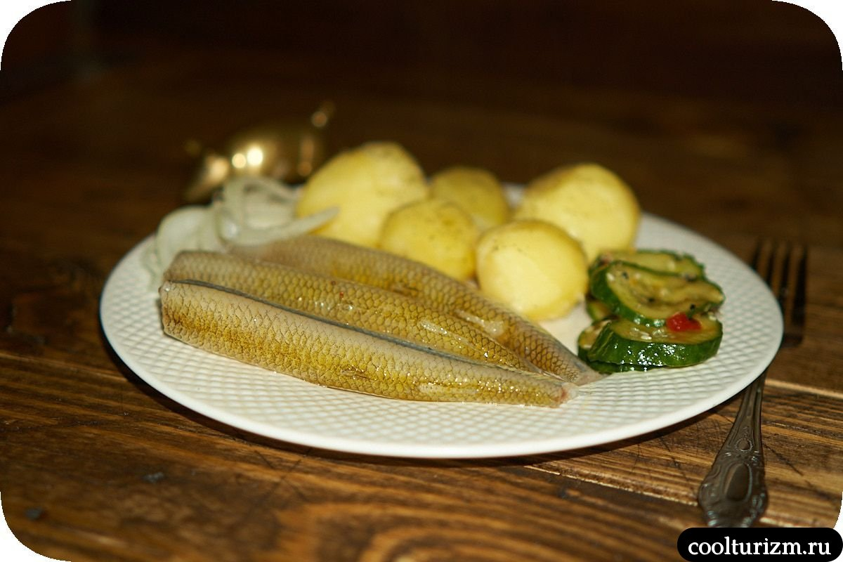 Корюшка соленая с картошкой