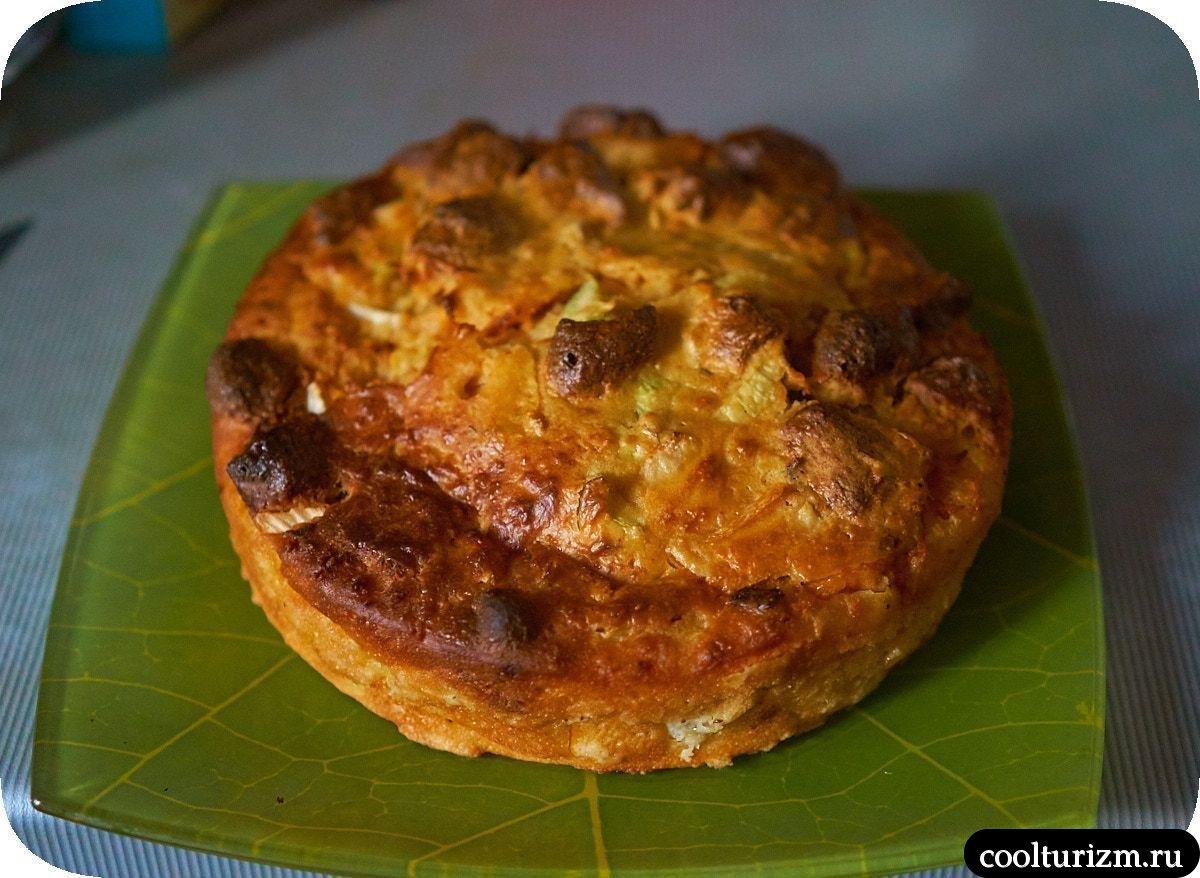 Пирог с кимчи и соевым мясом в духовке