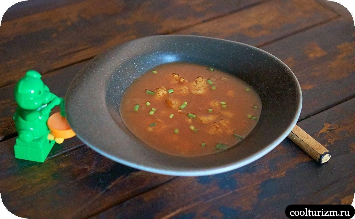 Суп с соевым мясом и кимчи