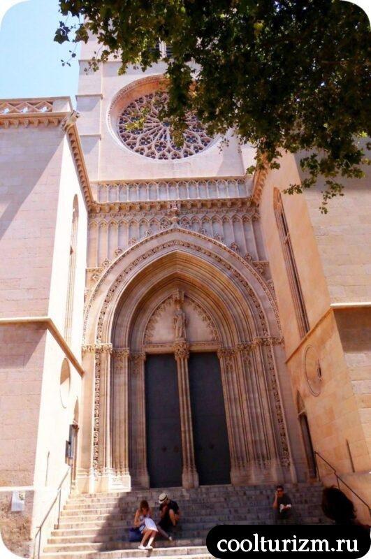 храм Еулалии- Евлалии Пальма де Майорка