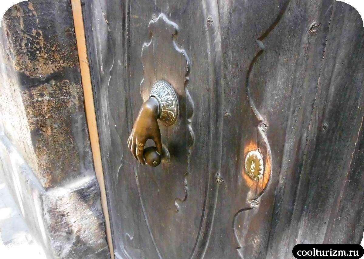 колотушка на двери Пальма де Майорка