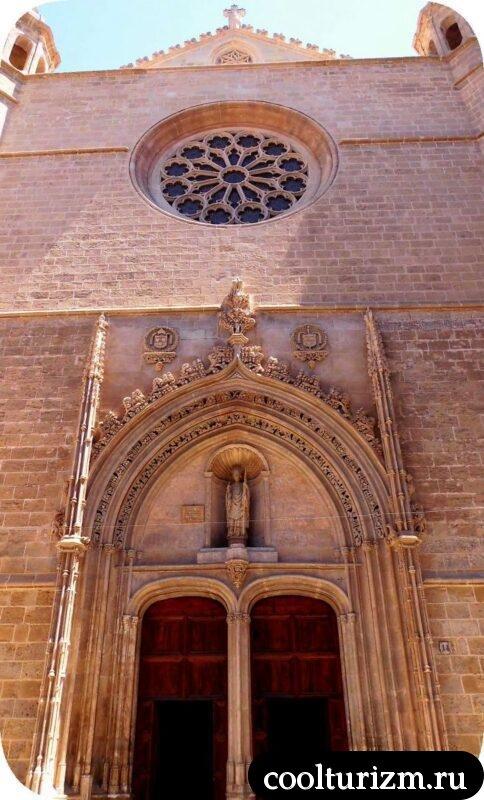 Готический храм св.Николая Пальма Испания