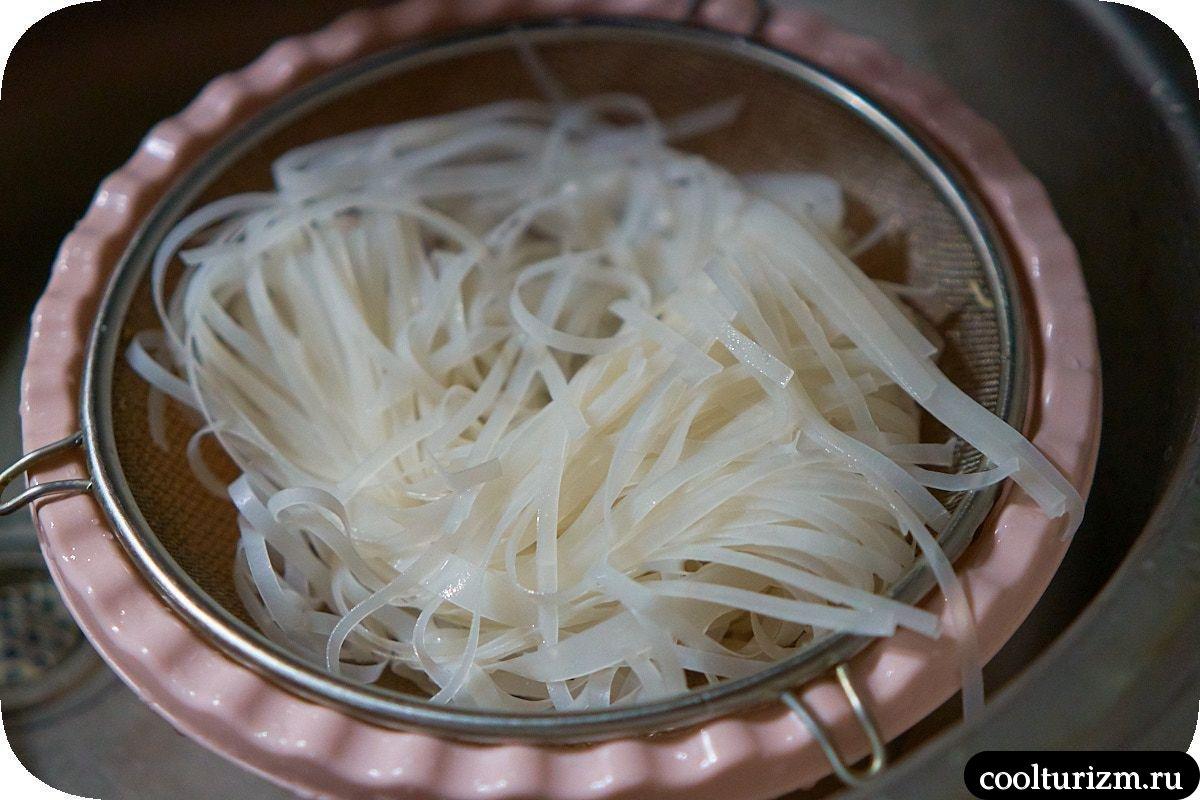Рисовая лапша фо с пекинской капустой подготовка