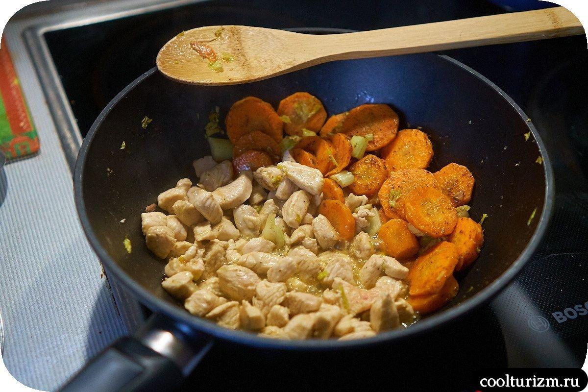 курица и морковь
