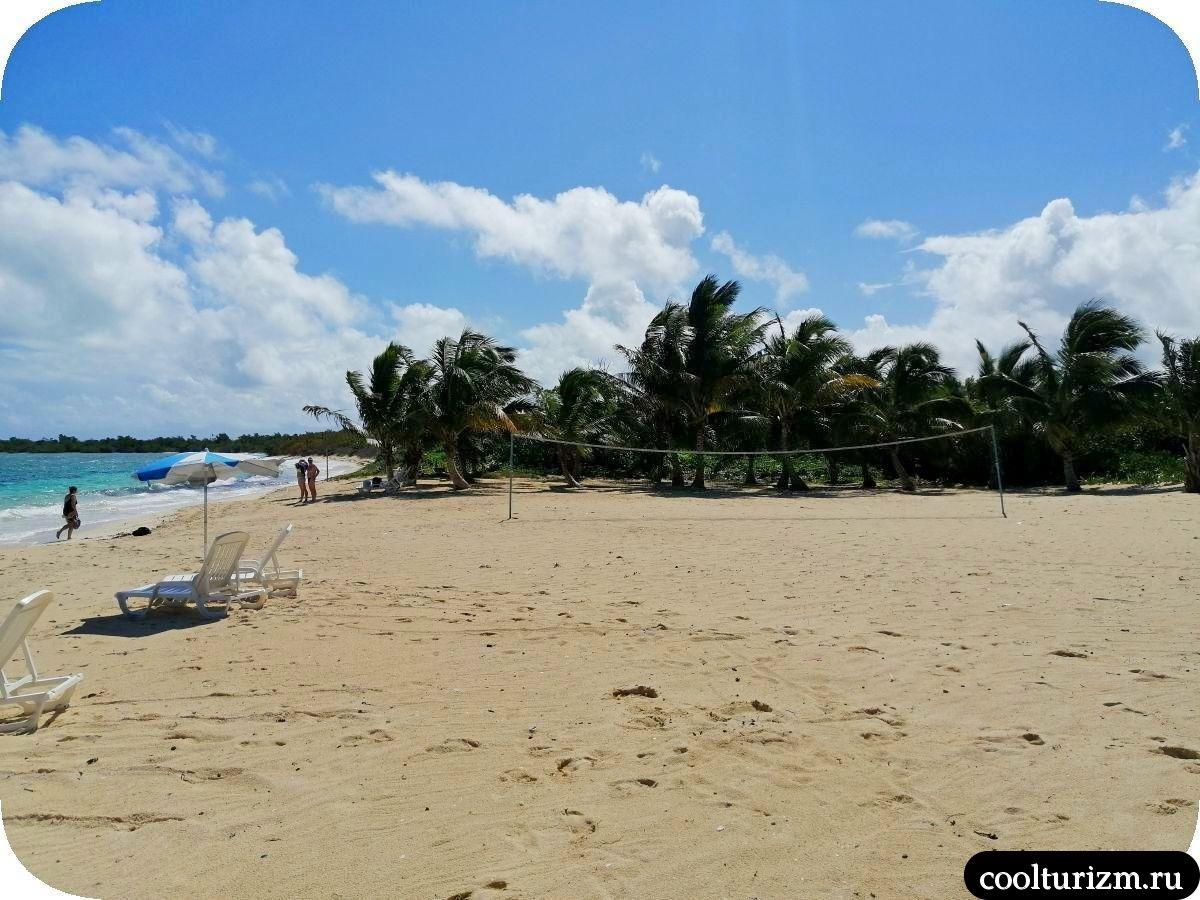 Пляж Бонита на берегу Кайо Сабиналь,Куба, Нуэвитас