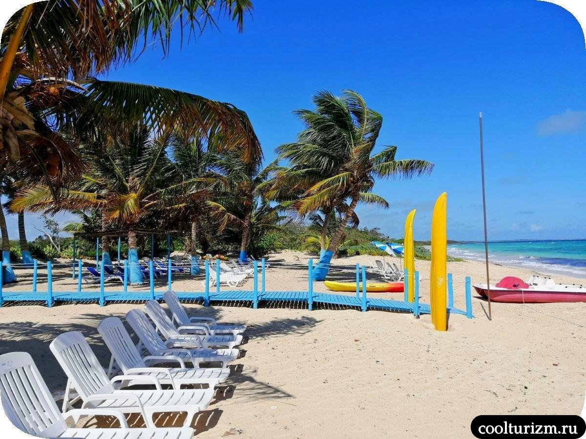 Пляж Бонита на берегу Кайо Сабиналь,Куба