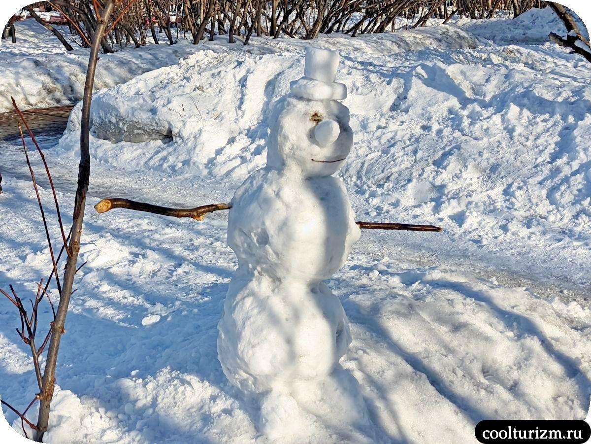 снеговик в шляпе Мурманск