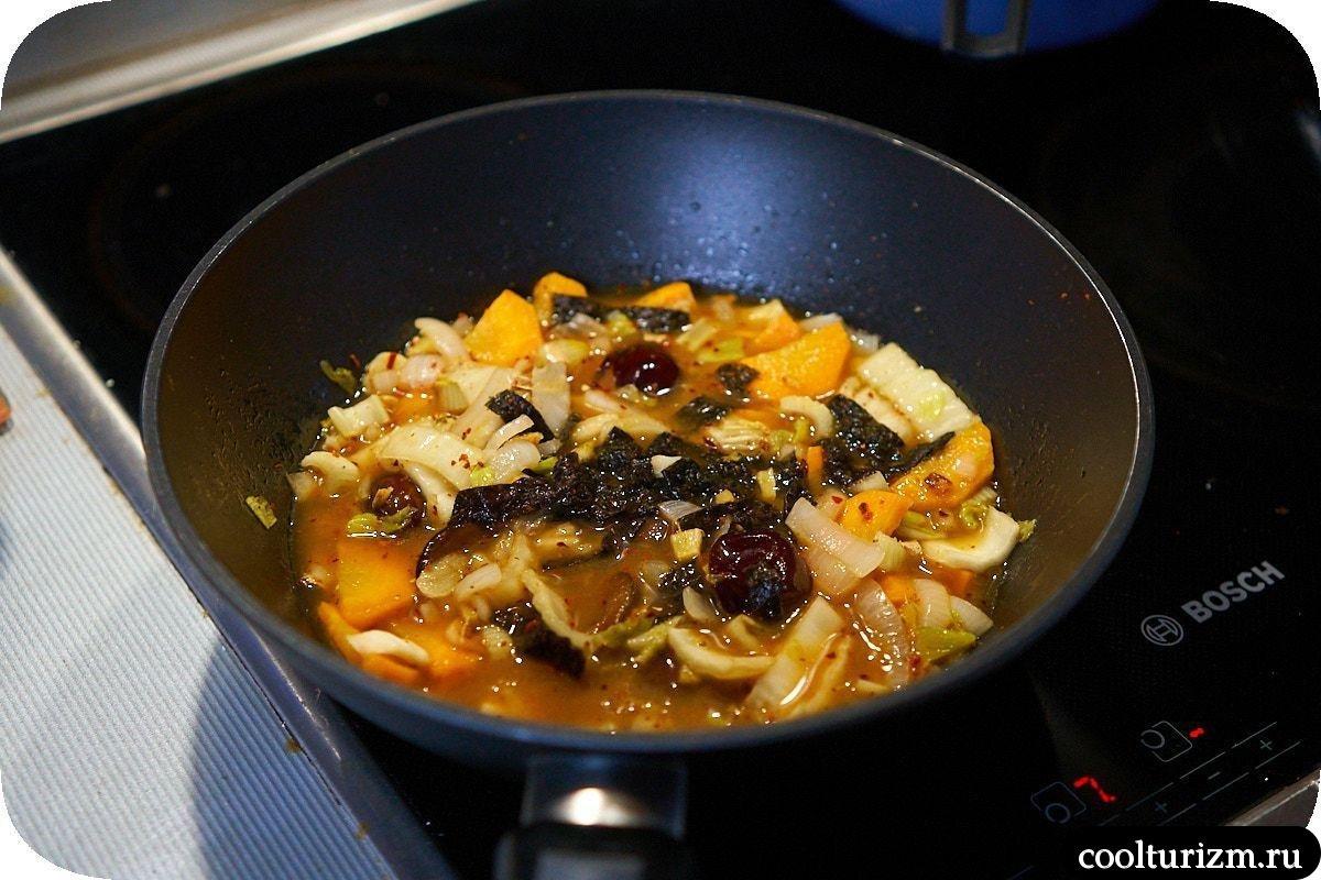 Ттокпокки с кальмарами рецепт пошагово