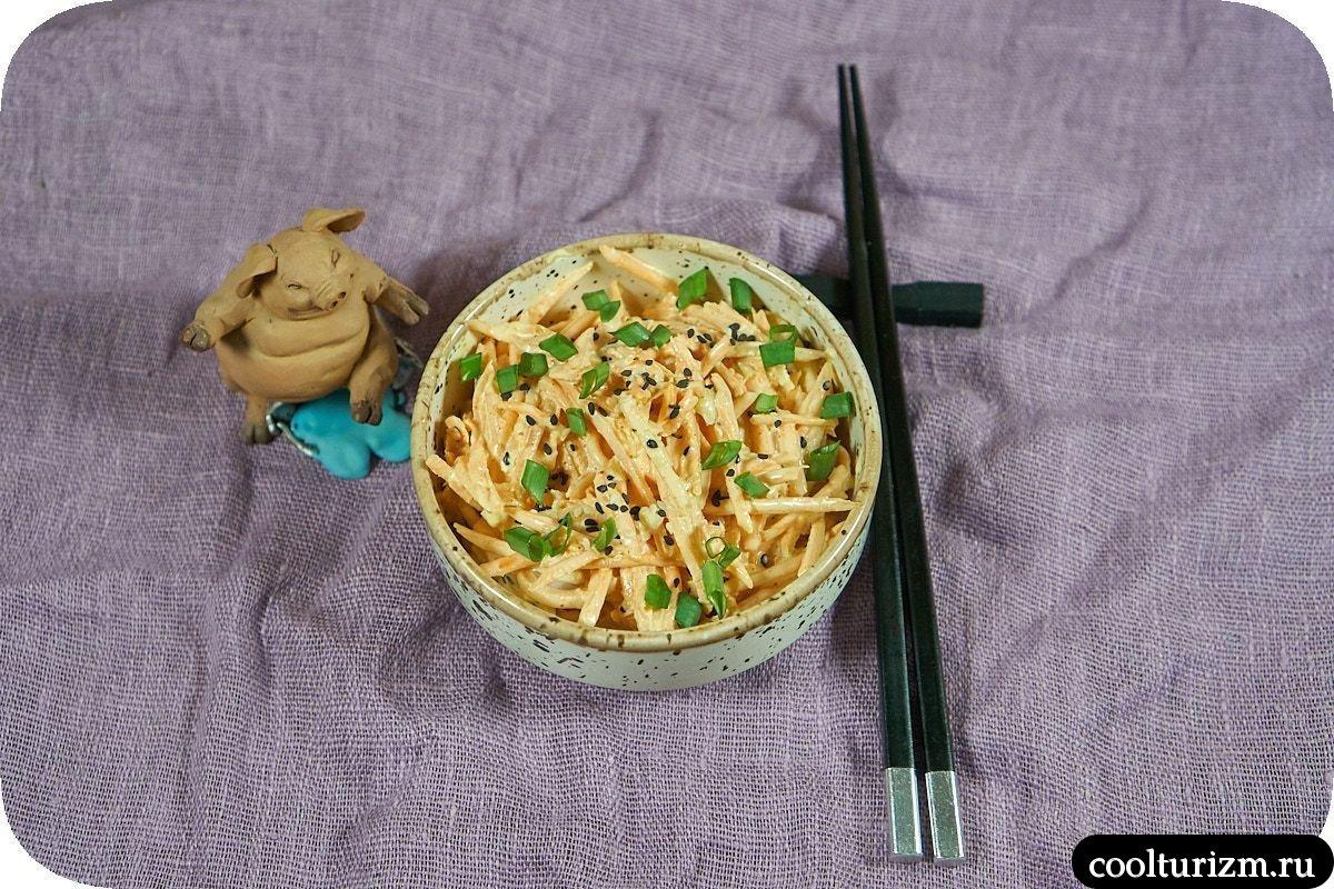 Вкусный салат из свежей моркови с майонезом