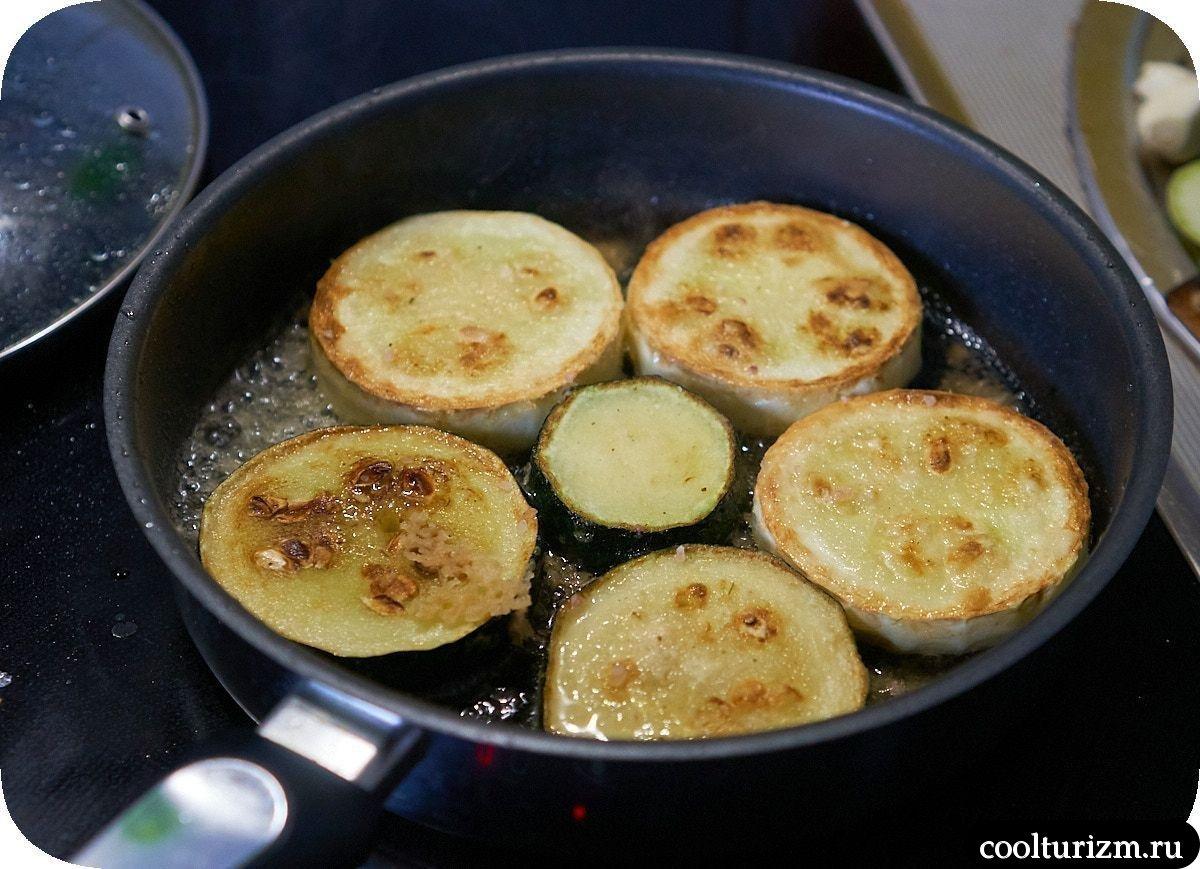 Кабачки в муке на сковородке как приготовить