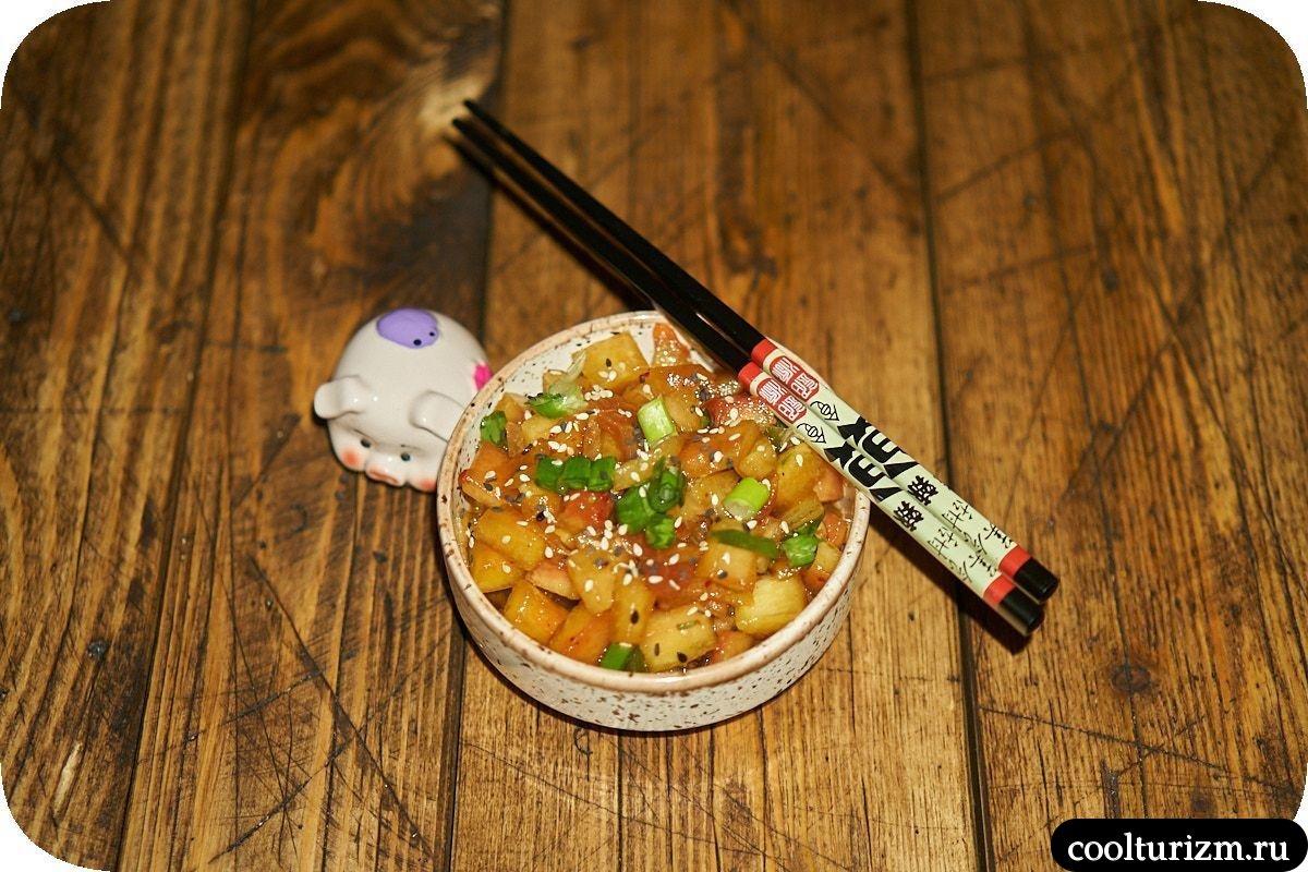 Кимчи из арбузных корок в корейском стиле
