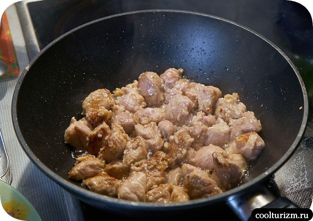 Хрустящие баклажаны с мясом на сковороде